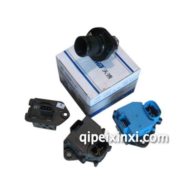 首页 产品展示 东风标致全系配件 > 节温器风扇电阻